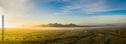 Photo Panorama image from a drone of fog in the Sonoran Desert of Arizona during sunrise