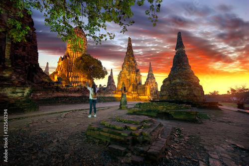 Photo Wat chaiwatthanaram Historical park of Ayutthaya and world heritage of Thailand