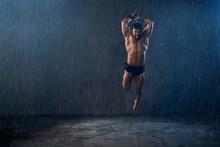 Wet Shirtless Gladiator Jumpin...