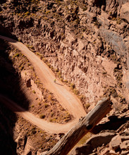 Mountain Bike Descent On The W...