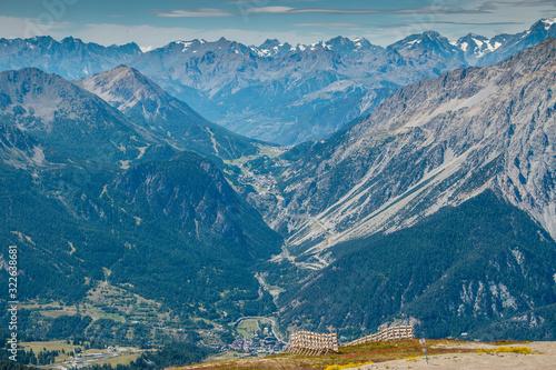 Slika na platnu Panorama montagne in alta Val Susa - Piemonte - Italy  - Veduta di Claviere e Mo