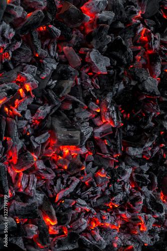 Cuadros en Lienzo smouldering embers on a surface