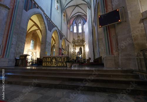 Obraz na plátně Gnieźnieńska Katedra Wniebowzięcia NMP i Św. Wojciecha