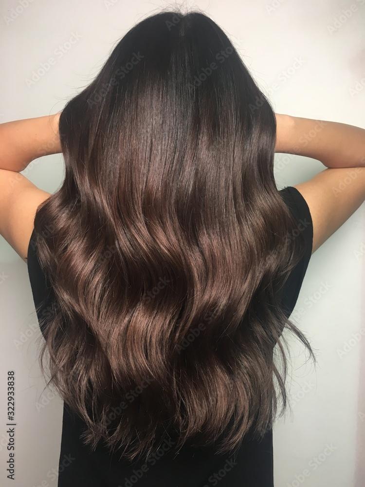 Fototapeta Warm Brown Hairstyle