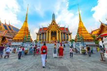 Thailand, Bangkok, 20 Dec 2019: Wat Phra Kaew Or Phra Sri Rattanasasadam Temple At Dusk Wat Phra Kaew Is A Famous Place In Thailand. Bangkok Landscape.