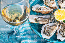 Fresh Oysters With Lemon Ice A...