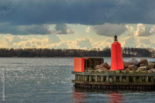 lighthouse at sunset Canvas-taulu