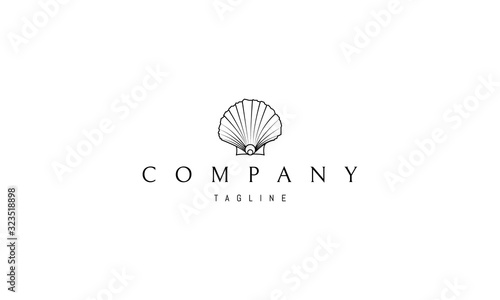 Fotografia Vector logo on which an abstract image of a beautiful shell.