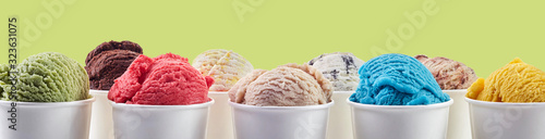 Photo Large assortment of summer ice cream dessert