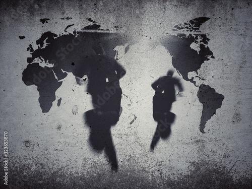 Fotografie, Obraz コンクリート壁に浮かび上がる世界地図と走るビジネスマンの後ろ姿