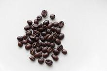 少量のコーヒー豆