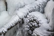 Gefrorene Wasserfälle Bärens...