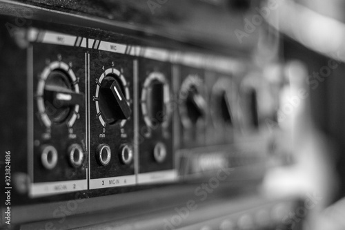 Photo Selective focus of black and white  Old amplifier Close up