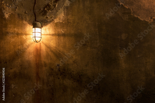 Worn grunge wall with light. Architecture abstract background Fototapet