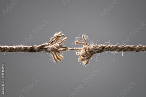Fotografie, Tablou Frayed rope about to break