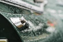 Türöffner Jaguar E Type Im Regen