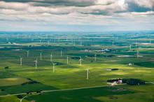 Midwest Wind Turbine Power Gen...