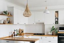 U-shape Modern White Kitchen S...