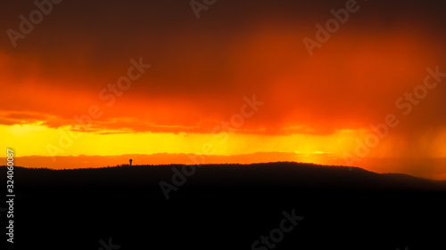 zachód słońca , małopolska, przed deszczem - 324060087