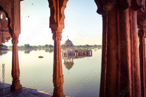 Photo Beaautiful Travel photos of india lakes summer and architecture