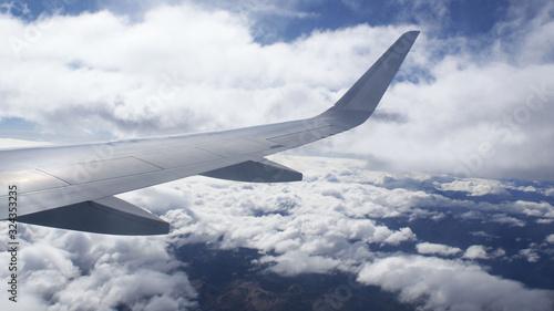 Volando sobre el cielo de Perú Canvas Print