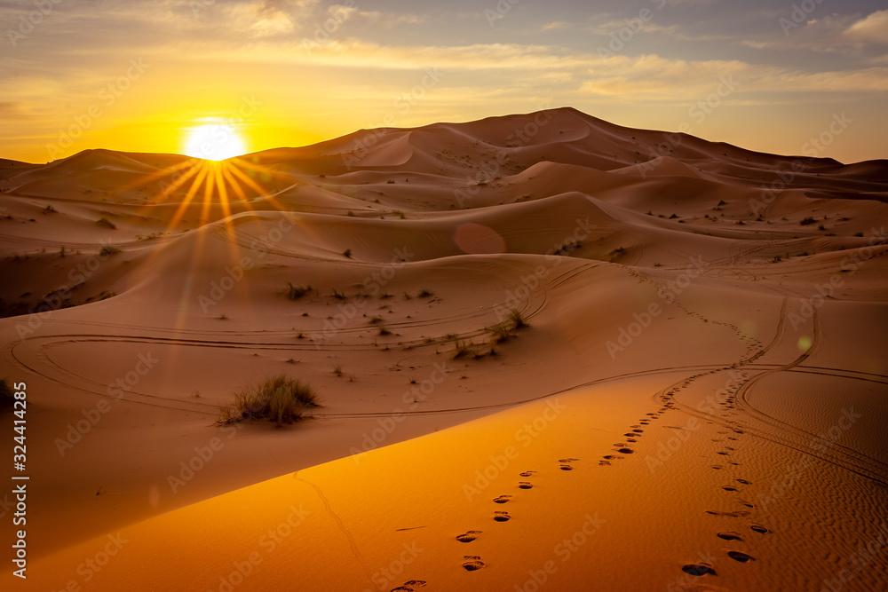 Fototapeta Sunrise in Sahara desert, Morocco