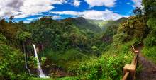 Catarata Del Toro Waterfall Wi...
