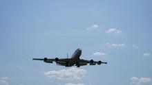 U.S. Navy E-6 Mercury Landing At The 2019 Thunder Over Michigan Airshow