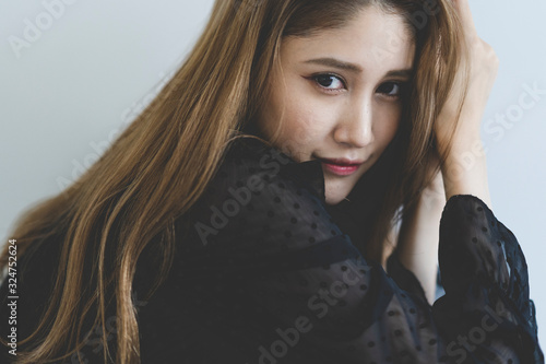 Obraz 女性 - fototapety do salonu