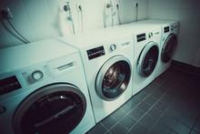 Washing Machines In Launderett...