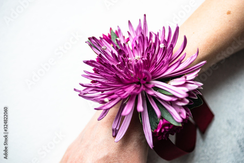 Photo Floral woman composition as a bracelet