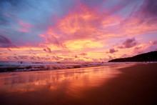 Beautiful Sunset On Ocean Beac...