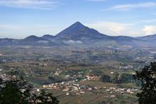 Vista Del Volcán Santa María...
