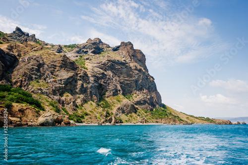 Karadag mountain range in Crimean mountains, an ancient extinct volcano Fototapet