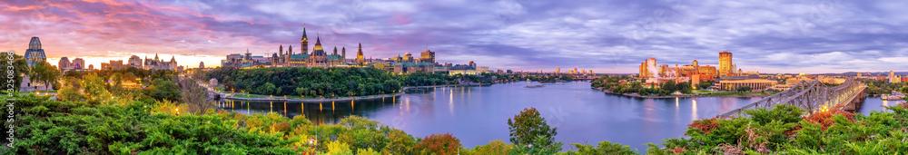 Fototapeta Parliament Hill in Ottawa, Ontario, Canada