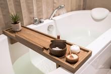 Modern And Comfortable Bathroo...
