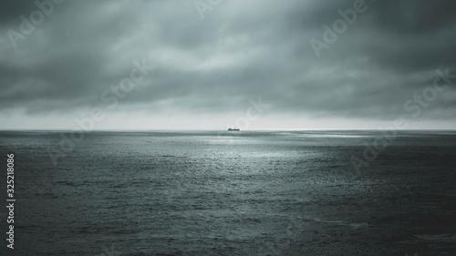 Barco en la tormenta Canvas Print