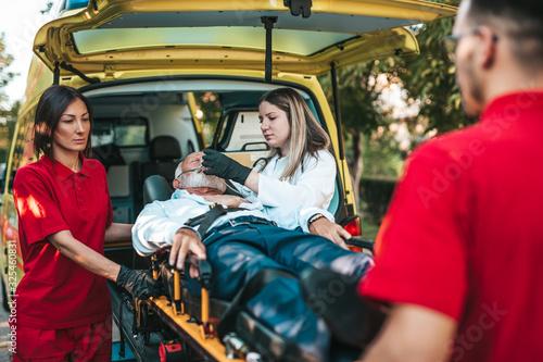 Fotografie, Obraz Emergency medical service at work