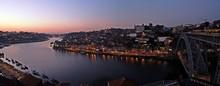 Atardecer En Oporto. Río Dour...