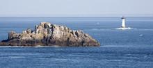 Paysage D'océan Avec Rocher Un Phare