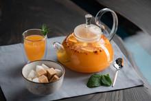 Transparent Teapot With Sea Bu...