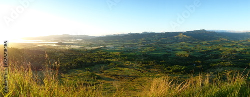 Panoramica amanecer en fiji Wallpaper Mural