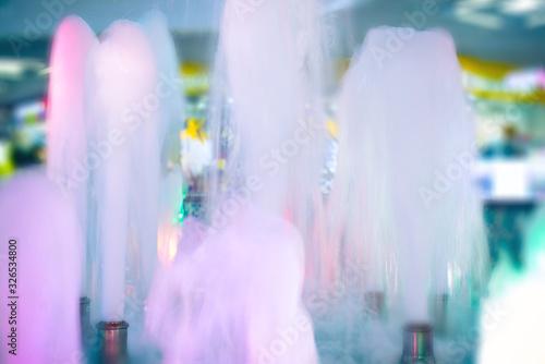 Valokuva indoor fountain, blurry motion