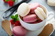 Vanilla And Raspberry French M...