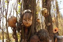 Bambole Impiccate Giocattoli Macabri