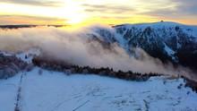 Le Brouillard En Montagne Pend...