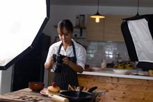 Photographer Food , Asian Wome...