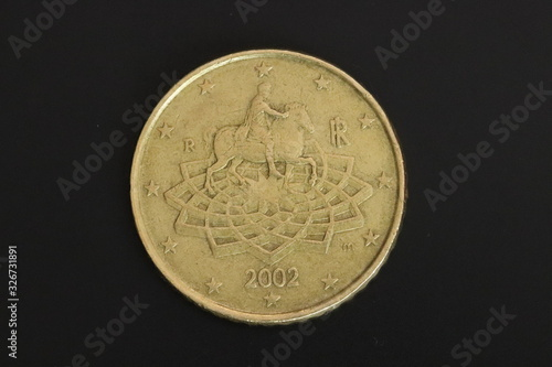 Fotografia Solo cincuenta centavos Euro cabezas monedas laterales macro dinero Europa cerra