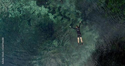 Fotografie, Obraz Divers in the river in Bonito state of Mato Grosso