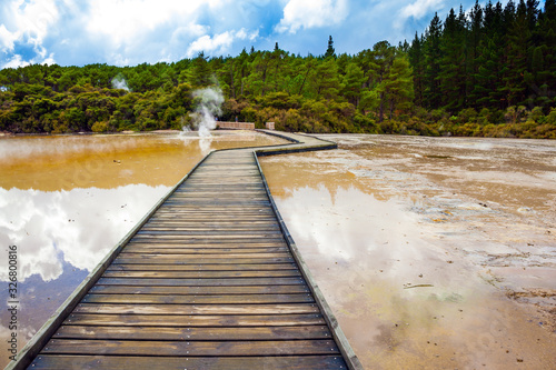 Photo Wooden walkways for tourists